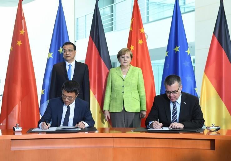 中德总理共同见证 百度与博世达成战略合作关系